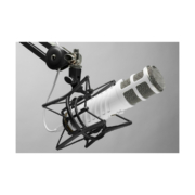 Rode Podcaster MKII Microphone 02